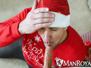 Awesome gay fuck as a Christmas gift for handsome gay